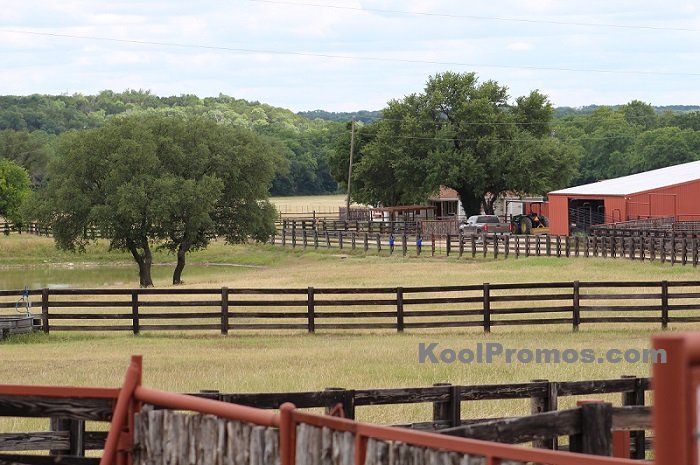 Country Farm Corral Fence